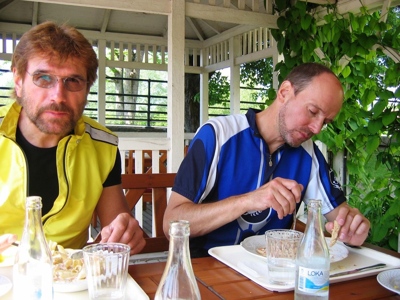Manfred & Bernd Carbo loading