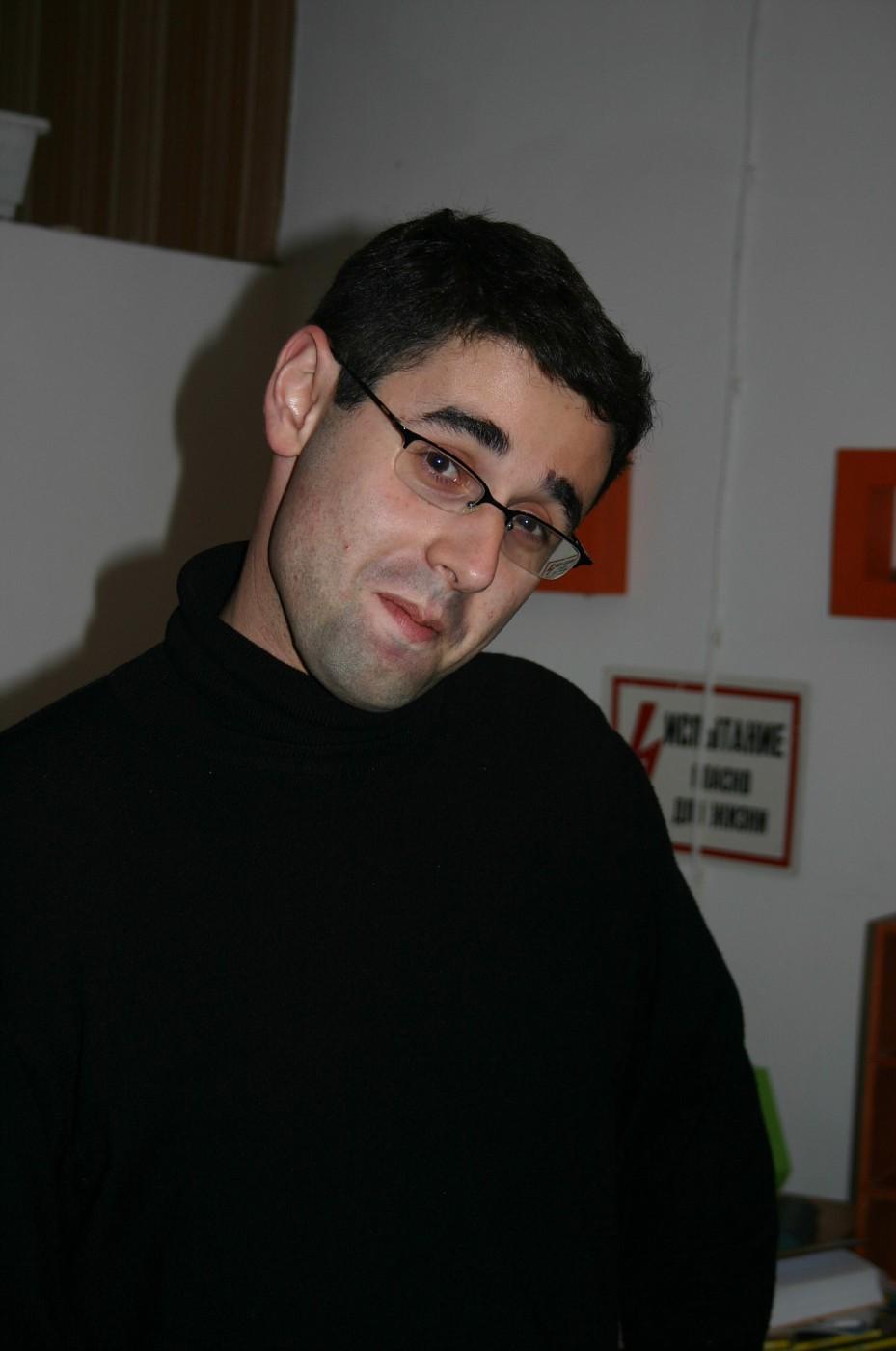"Grisha Asmolov, ""Kommersant"""