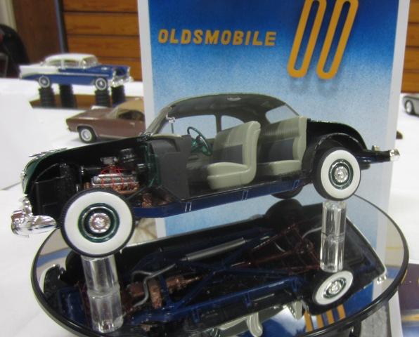 La Oldsmobiler 1950 cuteway de mon ami Mike Roy. 004-vi