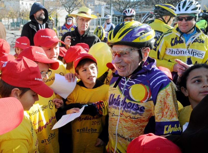 Robert Marchand 105 ans