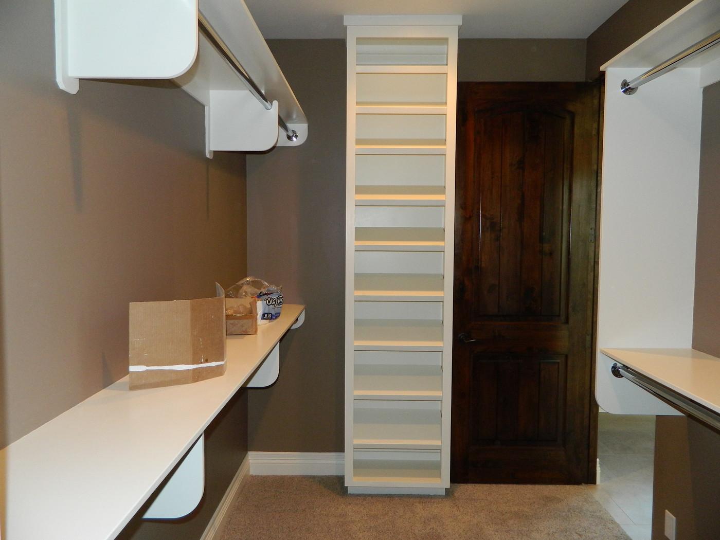 Cabinets029-vi.jpg