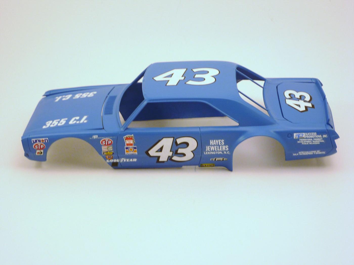 Dodge Dart Richard Petty terminée ProjetDodgeDartRPetty002-vi