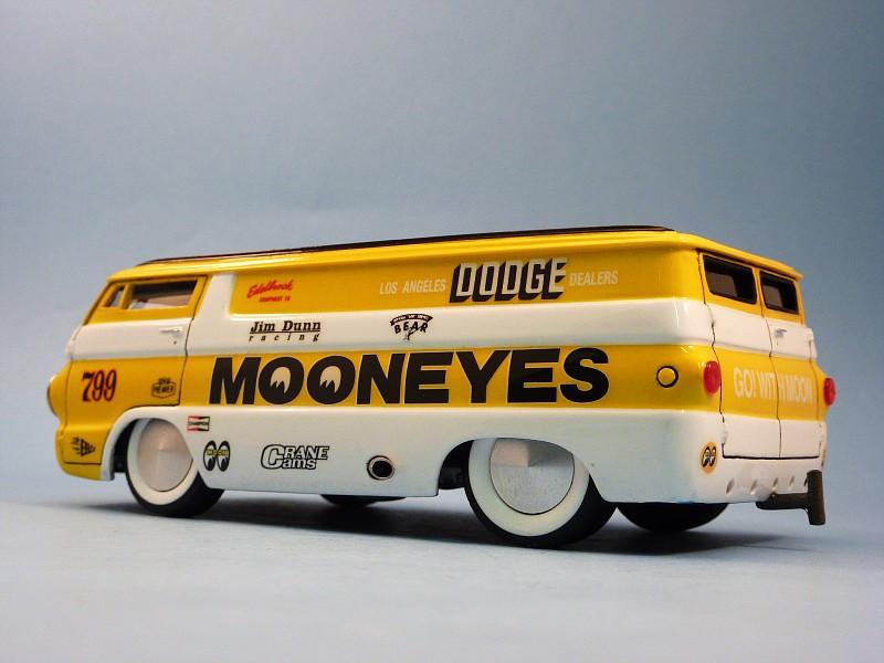 Van Moon  Dodge choppé racer Bonneville  019-vi