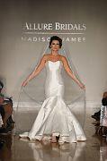 Allure Bridals F17 2580