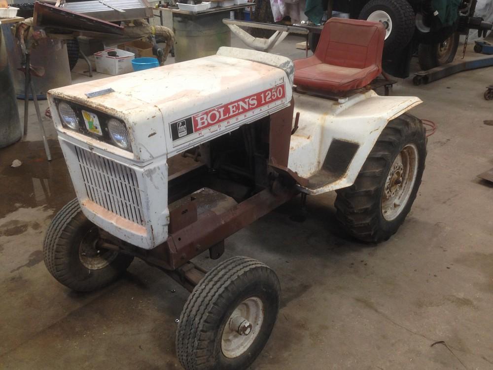 Bolens 2 Wheel Tractor : Repower with briggs cast iron single