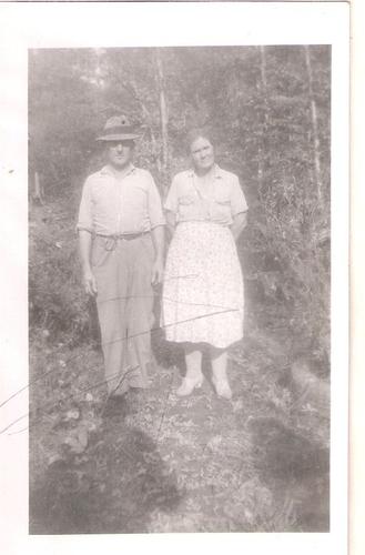 203-Great-Grandparents Shelby & Della YANCEY Laxton