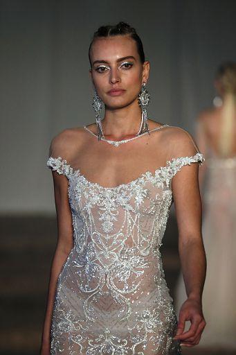 Berta Bridal Cam1 SS19 136