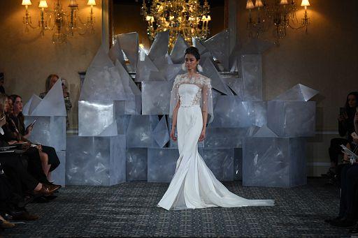 Mira Zwillinger Bridal SS19 0366
