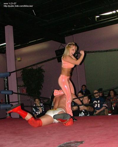 NECW012007-175-Main-Event