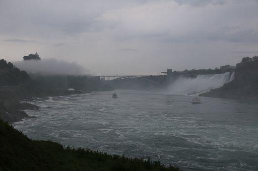 Niagara Waterfalls Behind 2018 June 18 (29)