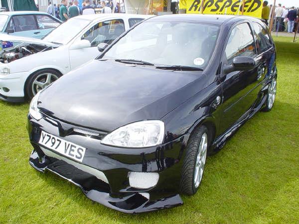 black ABS corsa