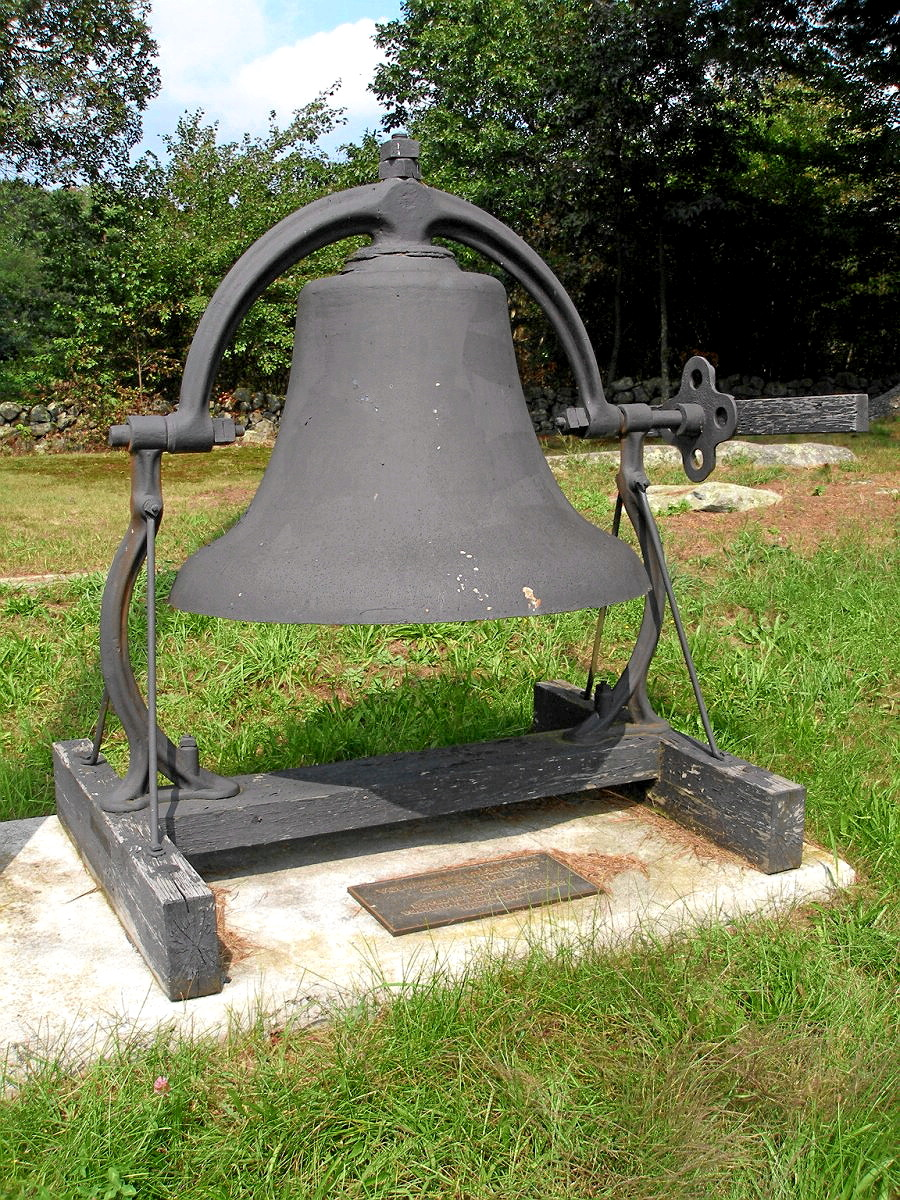 VOLUNTOWN - CHURCH BELL - 02