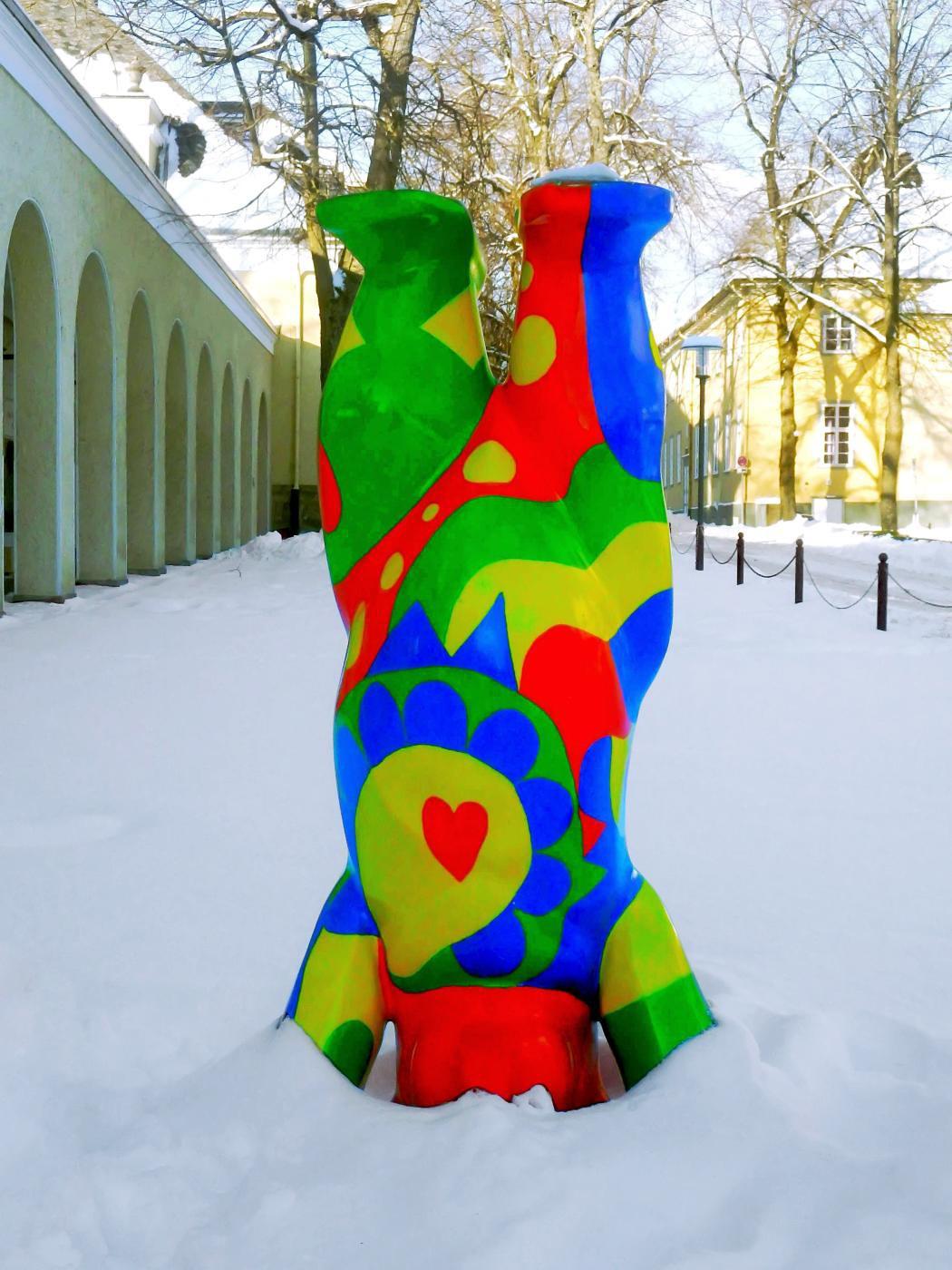 Kopfstand im Schnee