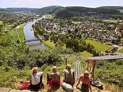 Blick vom Bismarckturm auf Weser und Bodenwerder