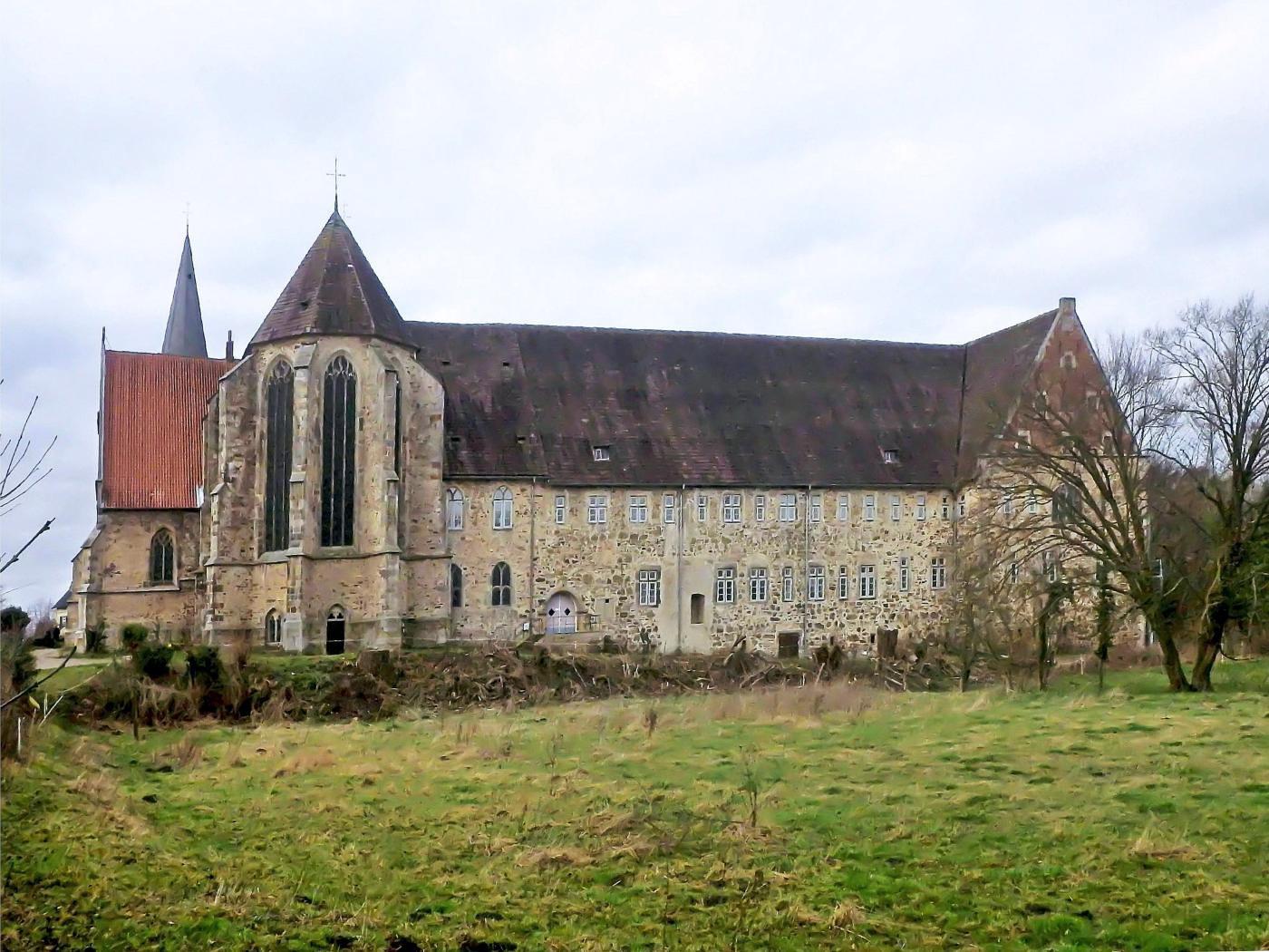 Kloster Möllenbeck, Ostseite