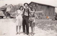 Nina Anderson, John England and Mildred Hazel Foust