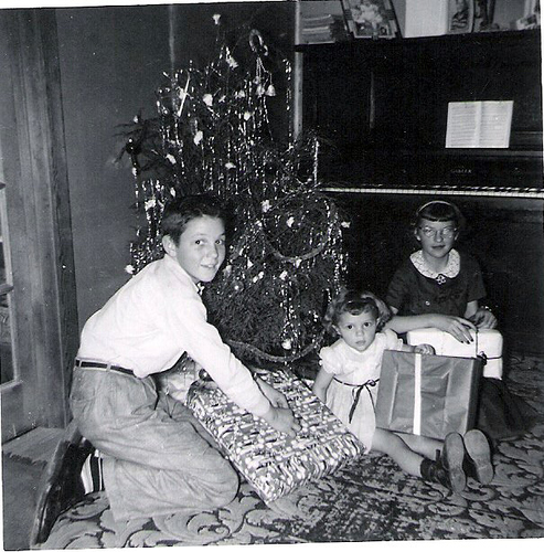 79-Uncle Del, Aunt Pat and Mom