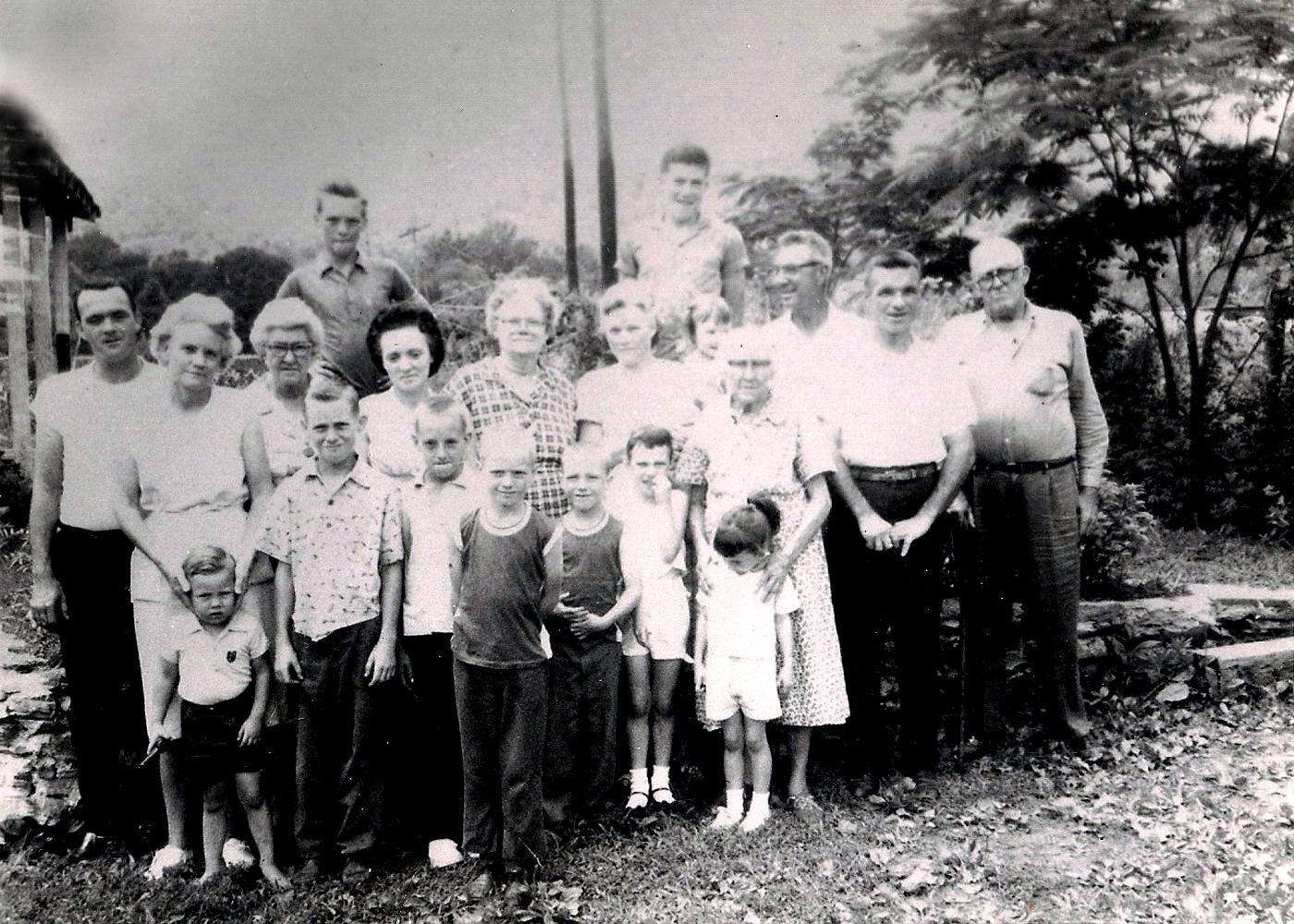 Some of Alvis Cade and Sara (TERRY) Hatfield descendants.