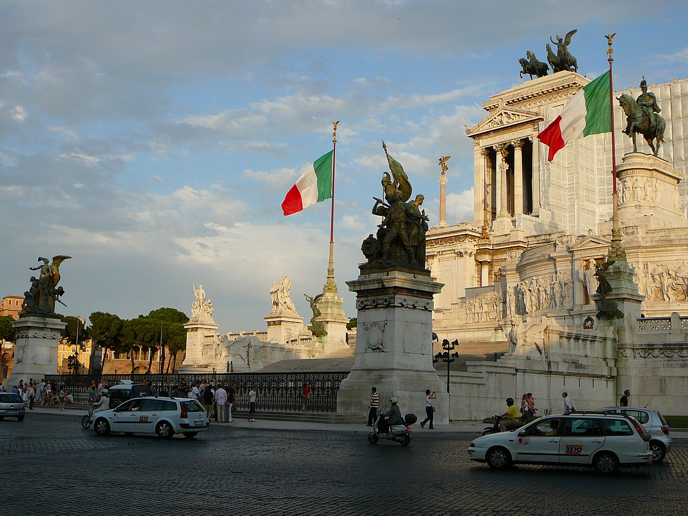 Monument to Vittori Emanuel II and Unknown Soldier - 1885
