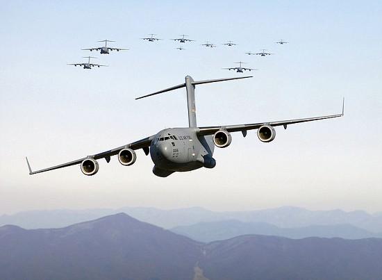 800px-C17 aircraft alt
