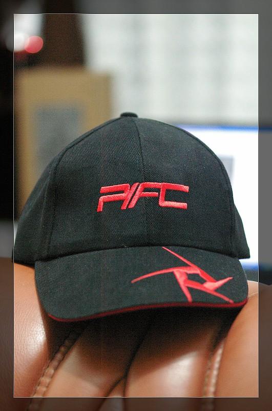 [公告]PFC專屬帽子登記-黑