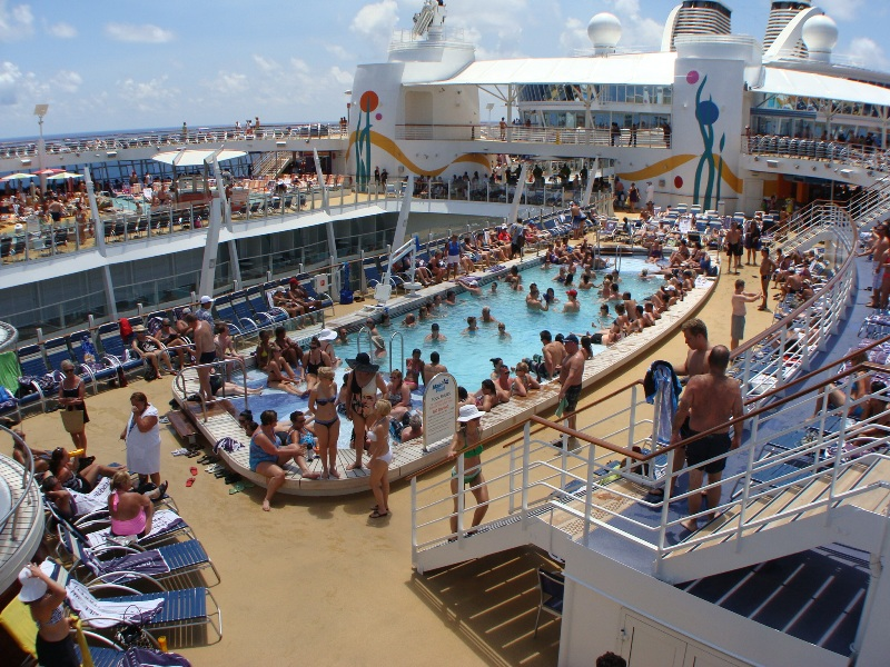 Photo Pool Deck Area Deck 15 Allure Outside Public Areas Album Radio Photo