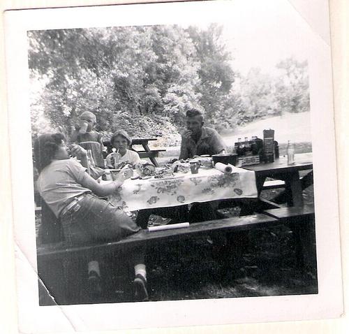 130-Irene, Mom-baby, Aunt Pat and Papaw Moffett