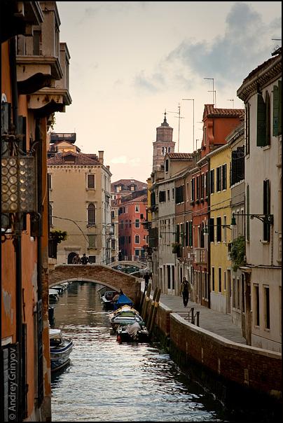 http://images42.fotki.com/v1363/photos/8/880231/6909707/Venice002-vi.jpg