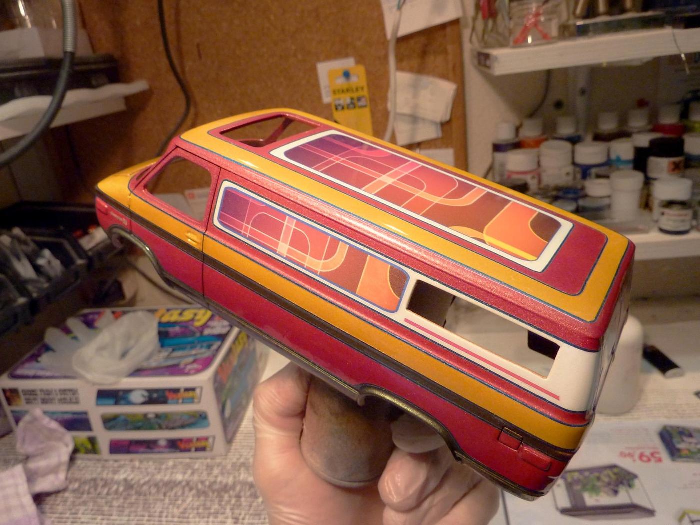 Van Chevy 75 (Vantasy) terminé - Page 2 Photo1-vi