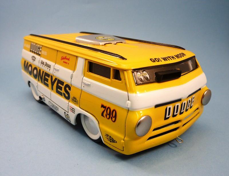 Van Moon  Dodge choppé racer Bonneville  013-vi