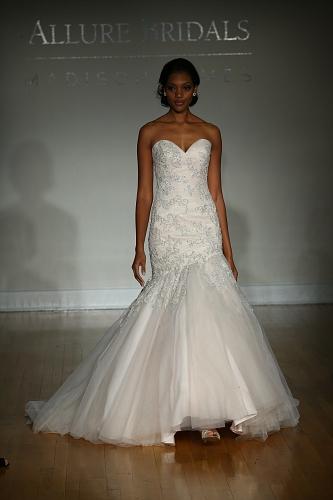 Allure Bridals FW16 Cam1 0060
