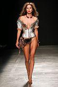 Andreas-Kronthaler-for-Vivienne-Westwood PAR SS17 119